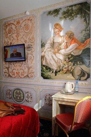 Gallery Voyage Hotel: guest room