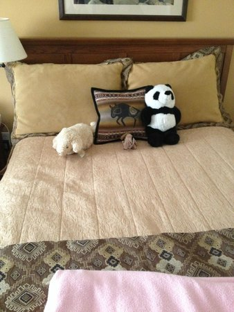 Skamania Lodge: The maid displayed my kids' animals nicely on the bed (before they were just strewn on a chair)