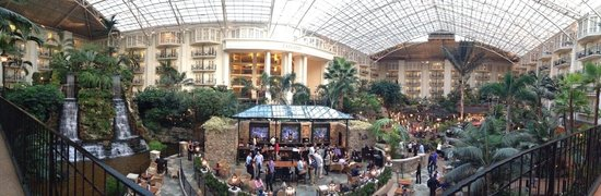 Gaylord Opryland Resort & Convention Center : Another view of a public space