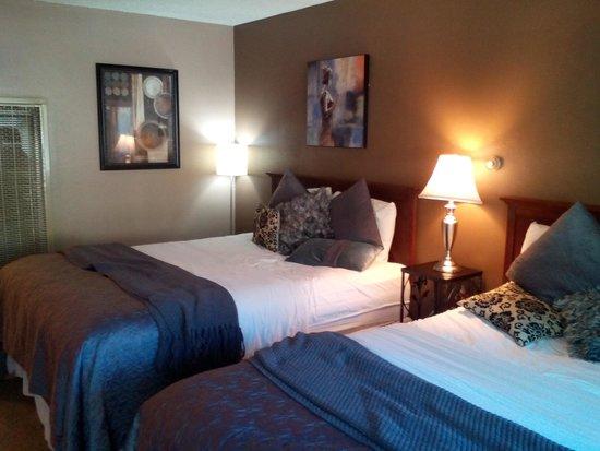 Alder Inn: Room
