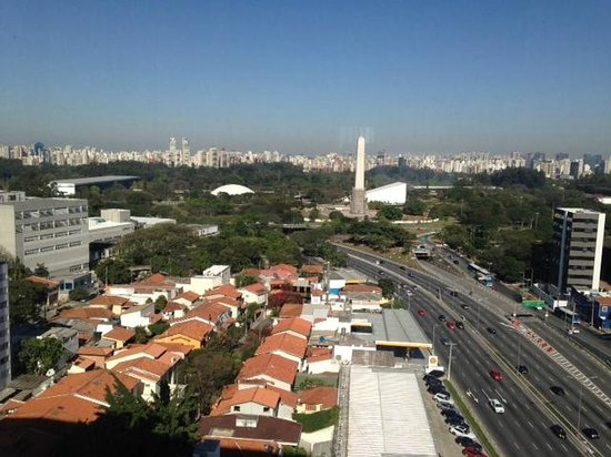 Pullman Sao Paulo Ibirapuera: Vista da suite no 11º andar