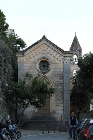 Ristorante Saraceno d'Oro: Sweet chapel on the way to restaurant