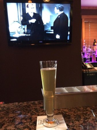 "The Hotel Telluride: A welcome Pilsner and ""The .Maltese Falcon"" at The Nook bar"