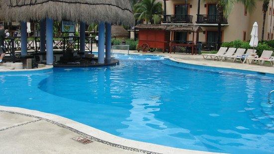 Catalonia Riviera Maya: Pool Bar