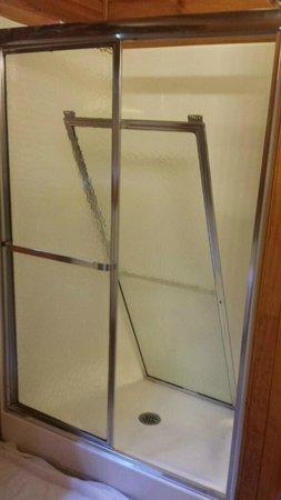 Gatlinburg Falls Resort Shower Door Fell Off Mid