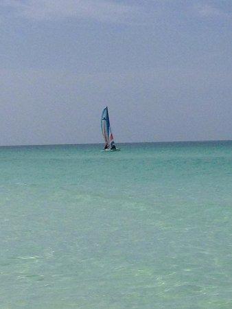 Memories Paraiso Beach Resort: Beautiful day