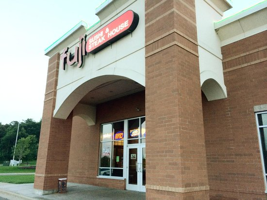 Fuji Sushi and Steak House: The front