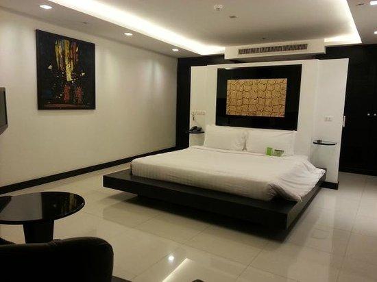 Amari Nova Suites Pattaya: Bedroom