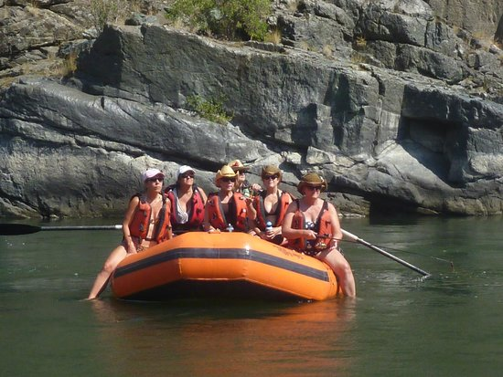 Canyon Outfitters, Inc.: Rafting down the Snake River