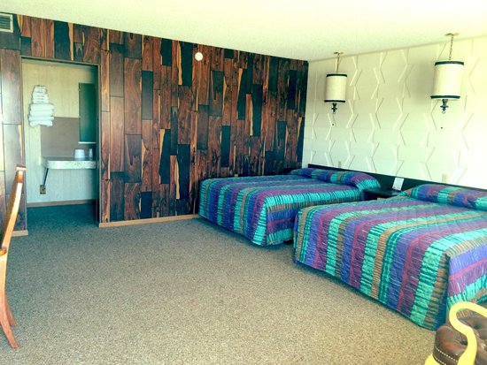 Springs Motel: Double room