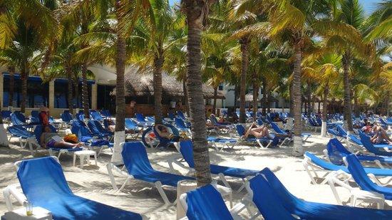 Occidental Costa Cancun: Praia privativa do hotel