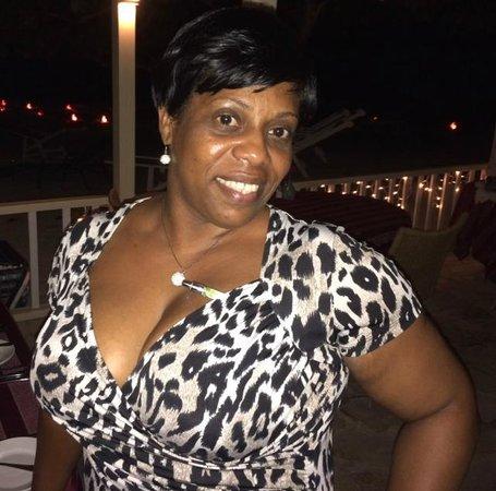 Coconut Grove Restaurant: Waitress Gail