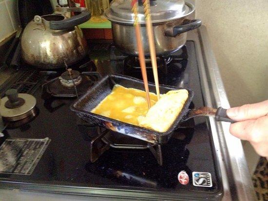 Japanese Cooking Experience with Yoshiko : Tamago
