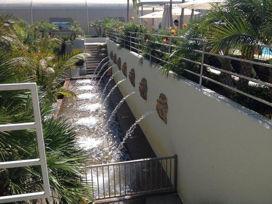 The Westin South Coast Plaza: Pre-pool area