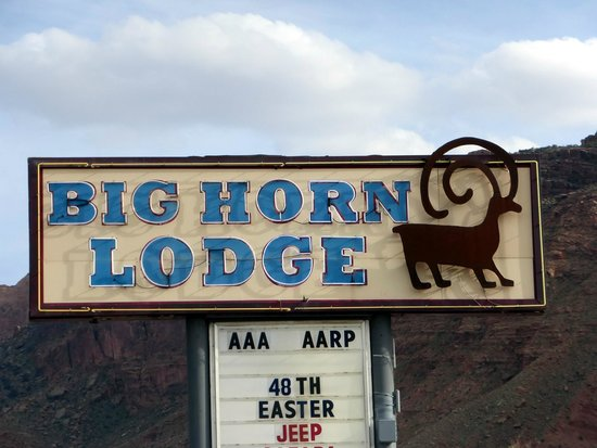 lodge signage picture of big horn lodge moab tripadvisor. Black Bedroom Furniture Sets. Home Design Ideas