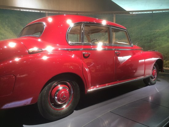 Mercedes-Benz Museum: classic