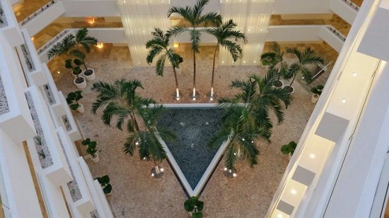 Le Blanc Spa Resort: View from 8th floor