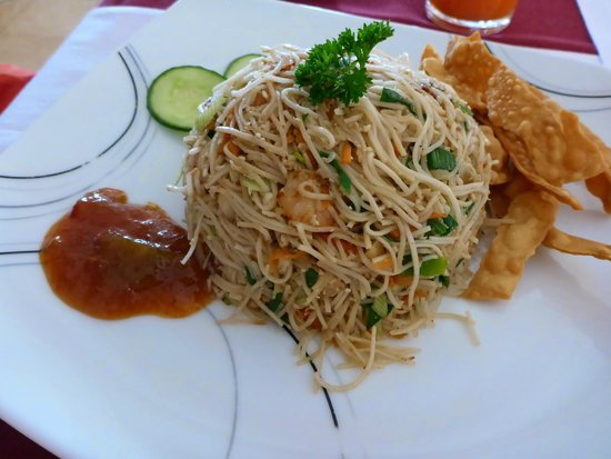 Rani Beach Resort: Seafood Noodles ordered for lunch at the restaurant