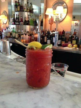 Tides Beach Club Hotel Restaurant: Bloody Mary!