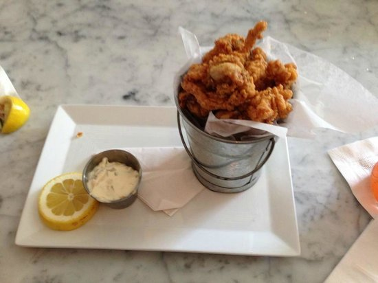 Tides Beach Club Hotel Restaurant : Oh the fried clams!!!!