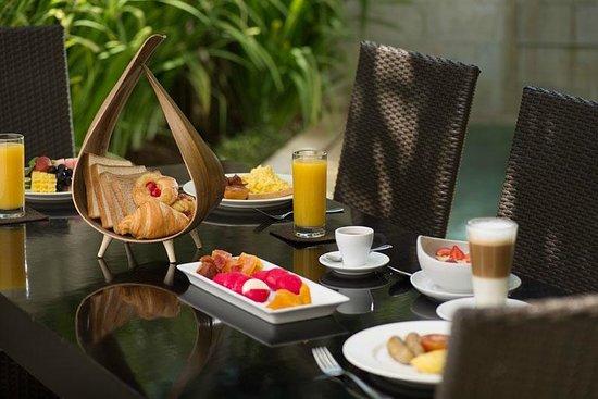 Sun Island Boutique Villas & Spa: Private in-villa breakfast at guest's request