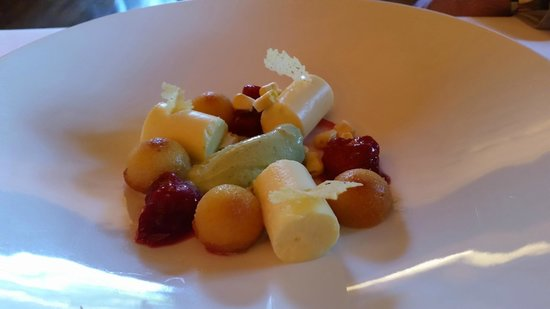 The Mansion Restaurant at Rosewood Mansion on Turtle Creek : Corn panna cotta with lemon verbena sorbet and raspberries.