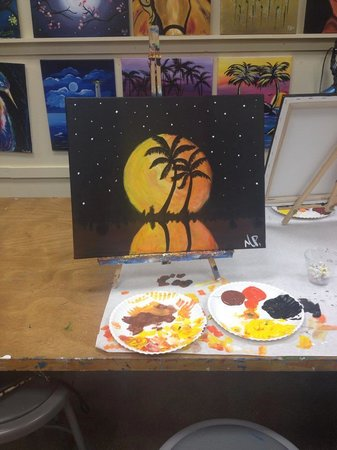 Painting With a Twist : Florida Moon