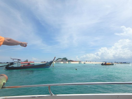 Phuket Tours Direct - Day Tours: One of the Khai Islands