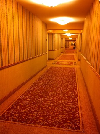 The Orleans Hotel & Casino: hallway to the elevator