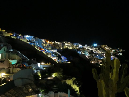 Andronis Luxury Suites: 夜景