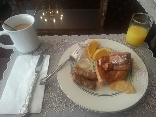 Wyatt House Country Inn: The French Toast