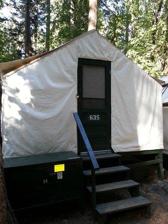 Half Dome Village: 5 person unit