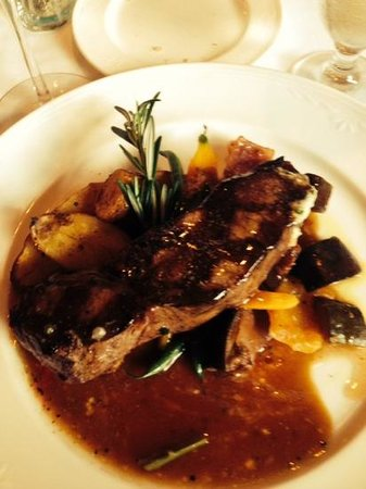 Terroir La Cachette Restaurant & Wine Bar At Strewn Winery: AAA Steak