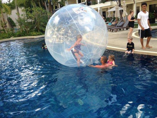 Swissotel Resort Phuket Kamala Beach: Pool