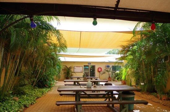 Ningaloo Lodge: Communal area 2
