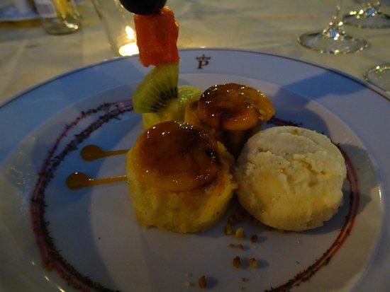 Parador de Granada: ピオノノとショウガのシャーベット。ピオノノは地元の甘いお菓子です。かなり甘いけれどここの風土に合っているのでしょう。