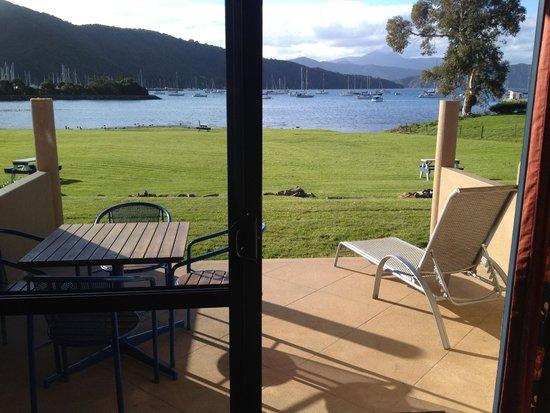 Bay Vista Waterfront Motel : View