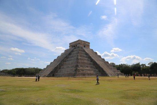 Grand Fiesta Americana Coral Beach Cancun: Pyramids