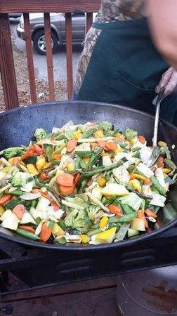 Kamp Klamath BBQ: stir fried vegies