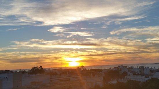 Hotel Guadalquivir: puesta de sol desde H.  Guadalquivir
