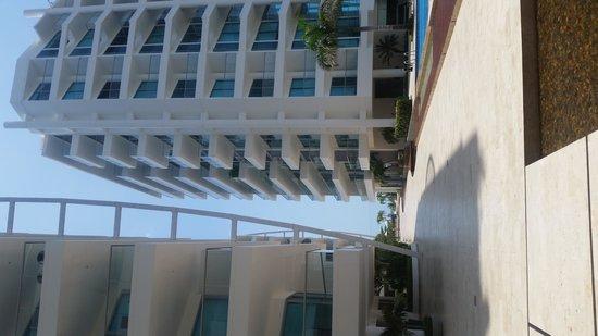 Sonesta Hotel Cartagena: Vista del Lobby