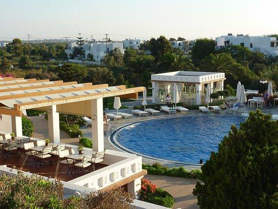 Porto Naxos Hotel : piscine de l'hotel