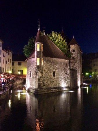 Palais de l'Ile: Palais de l'Isle, la nuit