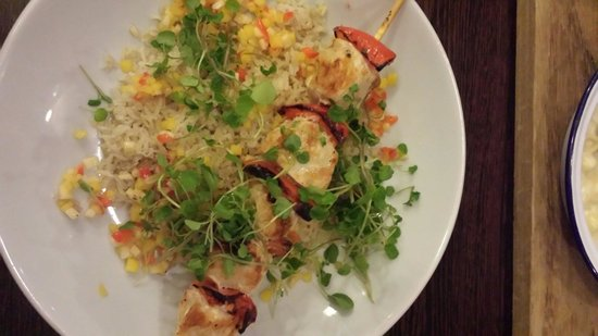 Village Hotel Birmingham Walsall: Chicken Skewers