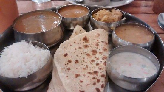 Dal Roti: Panner Thali @ 220 rupees!