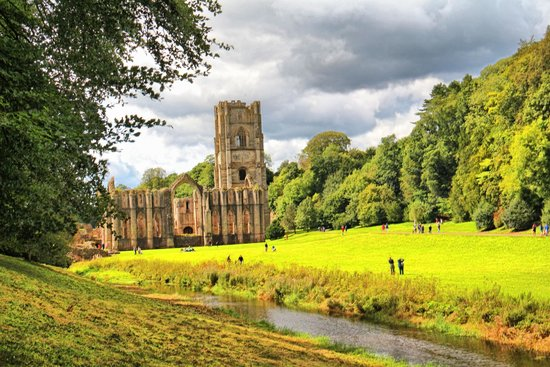 Fountains Abbey and Studley Royal Water Garden: Abbey