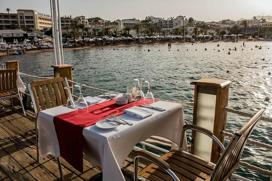 On Deck - Floating Restaurant : Outdoor View of the Restaurant