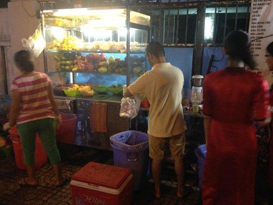 Ao Dai Tours: street smoothie
