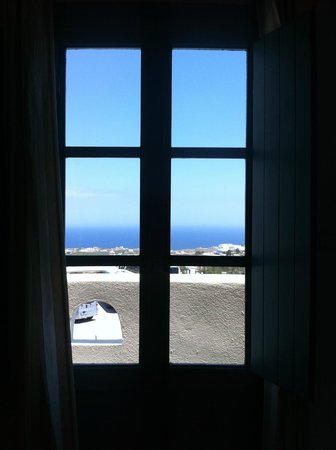 Evgenia Villas & Suites: View from balcony looking out from master bedroom
