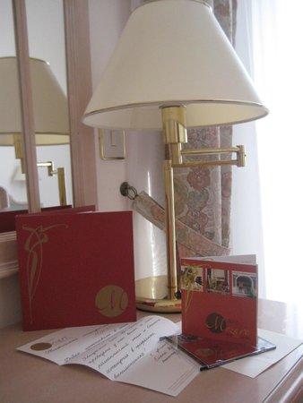 Hotel W.A. Mozart: Номер очень уютный